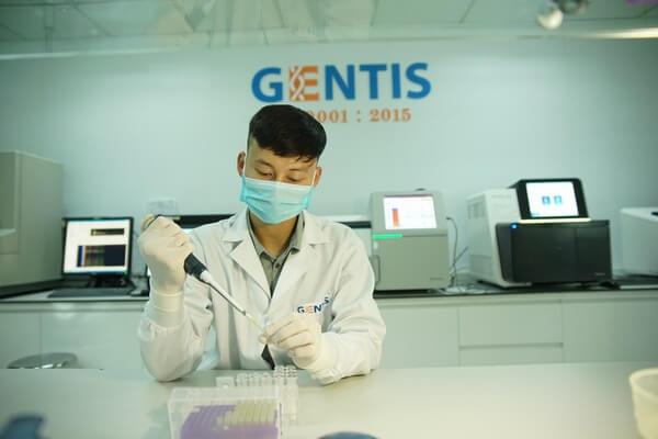 """Hệ thống giải trình tự gen thế hệ mới là một trong những """"điểm cộng"""" khi thực hiện xét nghiệm ADN huyết thống tại Gentis."""